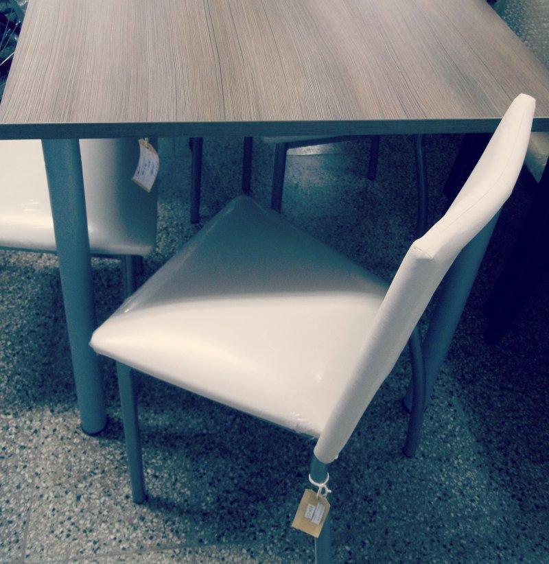 Mesa mz1700 6 sillas totalmente tapizada dielfe for Mesa 3 en 1 con 2 sillas